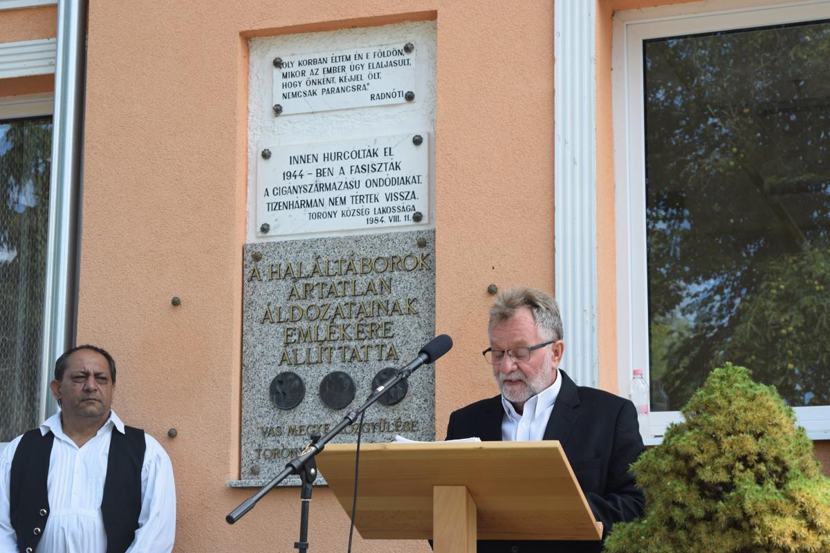 Megemlékezést tartottak a toronyi romák elhurcolásának évfordulóján