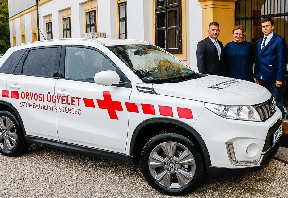 Új személygépkocsival gyarapodott a kistérségi orvosi ügyelet
